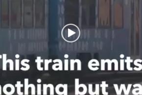 قطاری که دودش فقط آب است  (ویدئو)