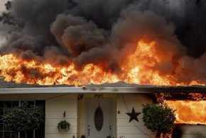 تصاویر آخر الزمانی از آتش سوزی مناطق جنگلی کالیفرنیا