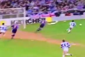 20 ثانیه ای که می گویند بدترین صحنه تاریخ فوتبال جهان است(ویدئو)