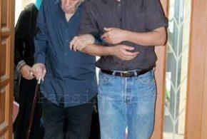 عکس علی مصفا در کنار پدرتازه از دست داده اش؛استاد مظاهر صفا