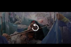 فیلم | جراحی یک تومور مغزی هنگام ویولون زدن