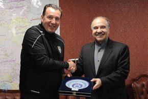 وزیر ورزش درباره قرارداد ویلموتس و پیشنهاد او چه گفت ؟ (ویدئو)