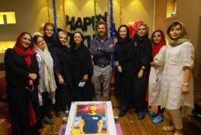 ببینید | کنایه امین حیایی به نیکی کریمی در جشن تولد ۵۰ سالگیاش