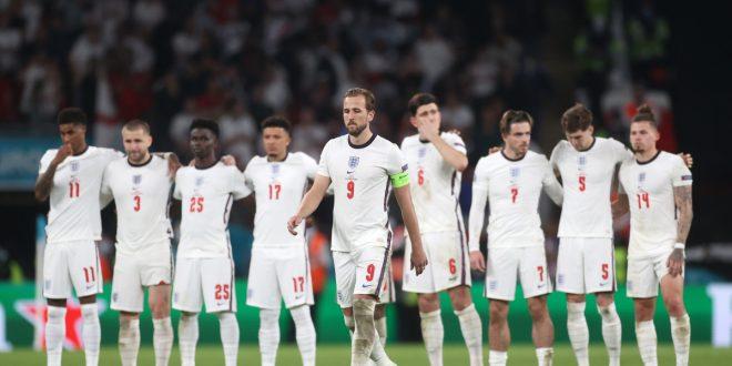 یادداشت ژوزه مورینیو درباره آینده تیم ملی انگلستان / سه شیر درخشان